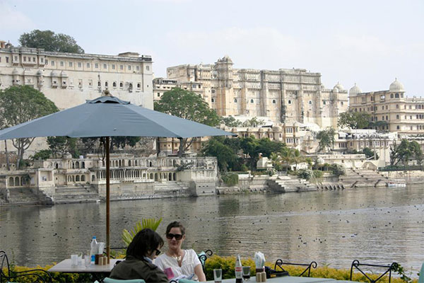 ambarai-ghat-sights-in-udaipur-hotels-in-udaipur