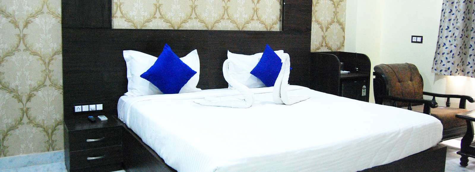 Budget_hotel_in_udaipur-compressed