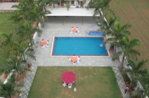 swimming pool in udaipur