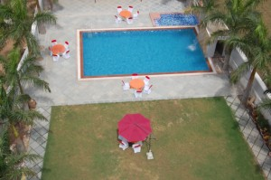 swimming pool in udaipur (11)