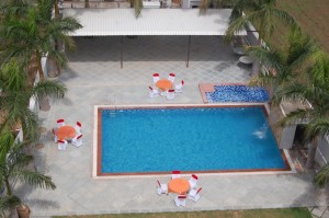 swimming pool in udaipur (2)